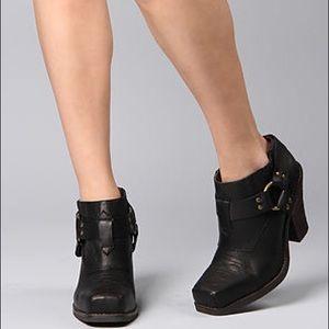 Black Rumi Jeffrey Campbell Cowboy Boot